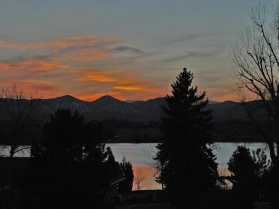 5551 Lakeshore Dr, Bow Mar, CO 80123
