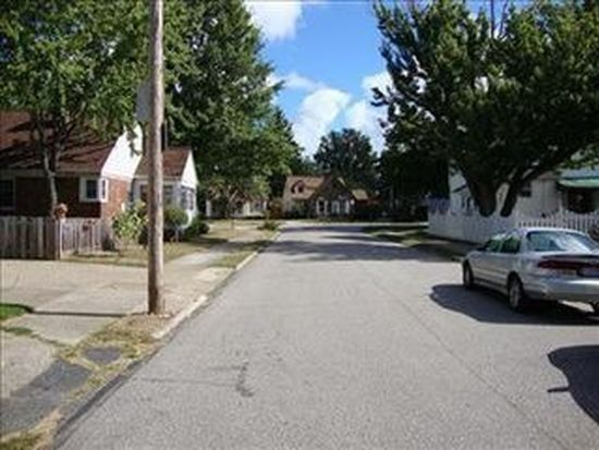 3430 Doris Rd, Cleveland, OH 44111