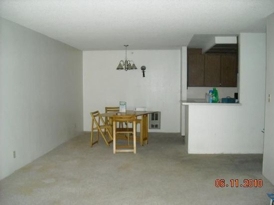 302 Philip Dr APT 107, Daly City, CA 94015