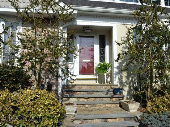 309 Stonycroft Rd, Ridgewood, NJ 07450