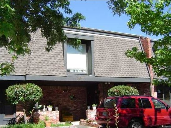 7911 Lakehurst Dr, Oklahoma City, OK 73120