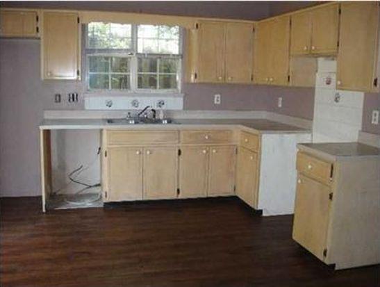 414 Woodland Park Cir, Mary Esther, FL 32569
