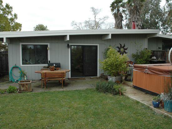 141 Luz Pl, Davis, CA 95616