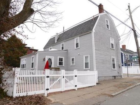 26 Washington St, Newburyport, MA 01950