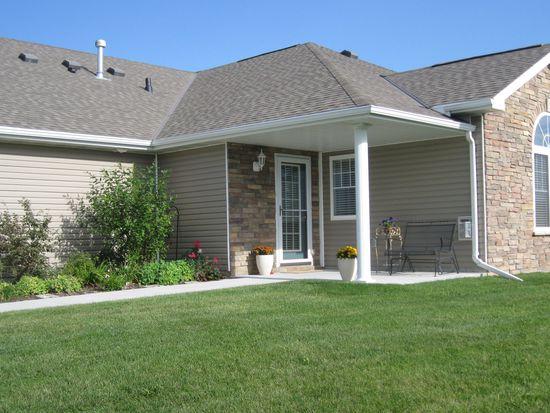 8667 Ridge Hollow Dr, Lincoln, NE 68526