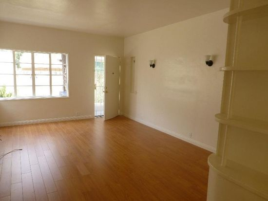 2383 Chestnut Ave APT C, Long Beach, CA 90806