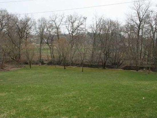 337 Green Fields Ct, Cranberry Twp, PA 16066
