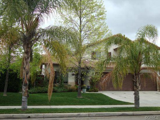 13503 Holmes St, Yucaipa, CA 92399