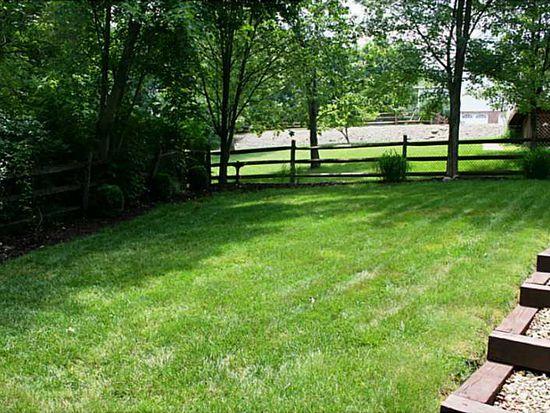 809 Wellington Dr, Seven Fields, PA 16046
