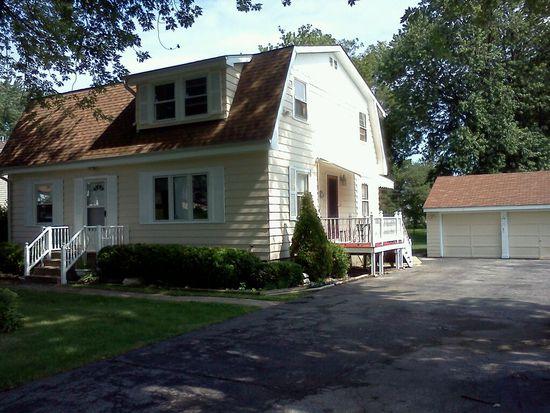 17W284 Stillwell Rd, Oakbrook Terrace, IL 60181