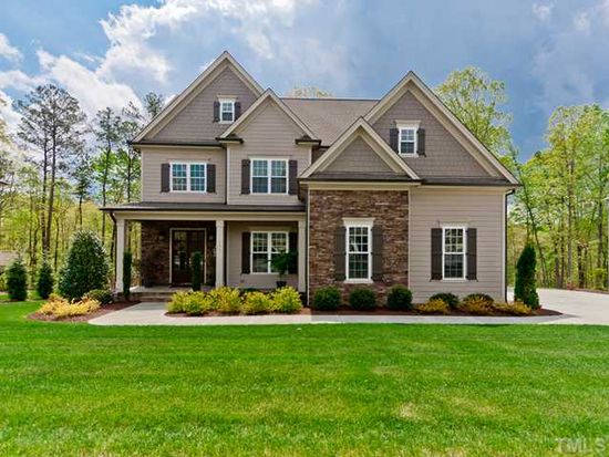 209 Morning Oaks Dr, Holly Springs, NC 27540