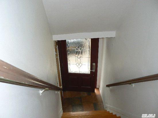 19 Richmond St, Syosset, NY 11791