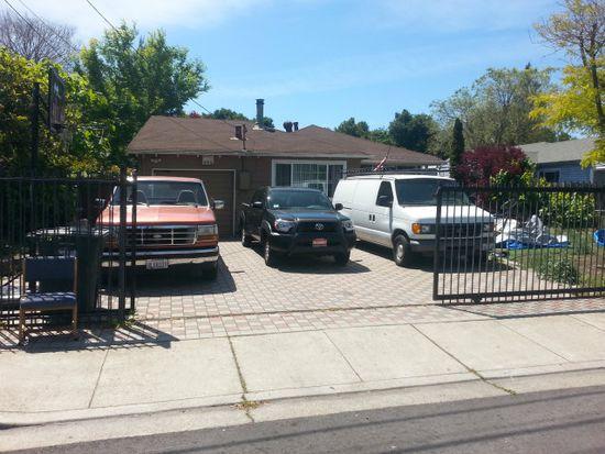 3552 Spring St, Redwood City, CA 94063