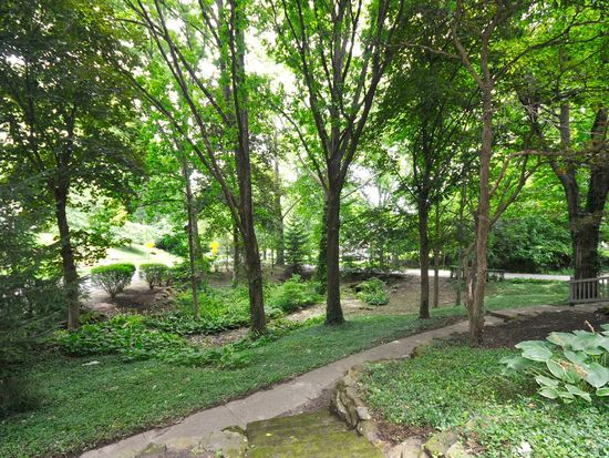 233 E 70th St, Indianapolis, IN 46220