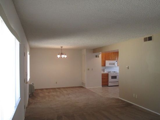 6330 Newlin Ave APT 14, Whittier, CA 90601