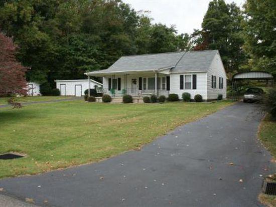 91 Pineview St, Patrick Springs, VA 24133