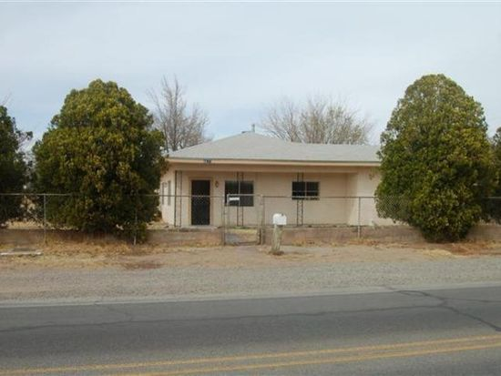 3211 Barcelona Rd SW, Albuquerque, NM 87105