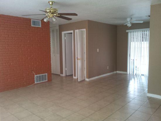 932 Black Oak Ct, Orlando, FL 32809