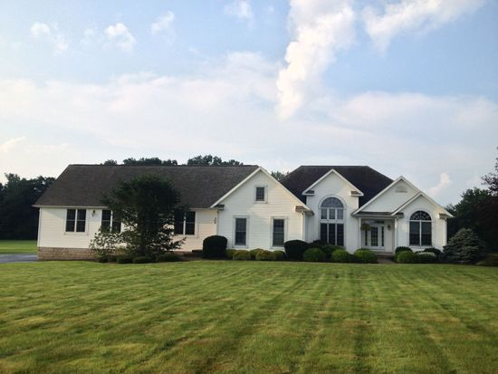 20640 New Gambier Rd, Gambier, OH 43022
