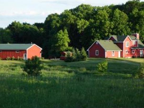 6700 Woodedge Rd, Mound, MN 55364
