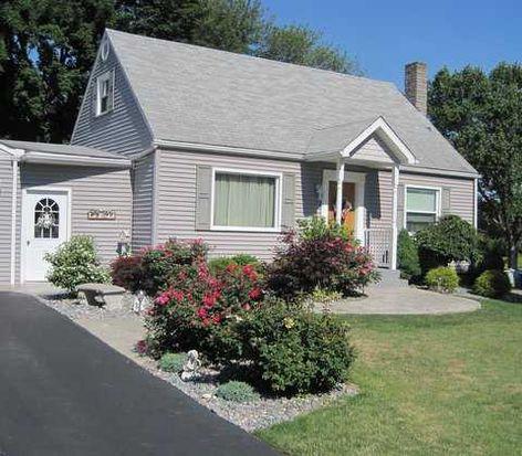 2430 Ridgewood Ct, New Castle, PA 16101
