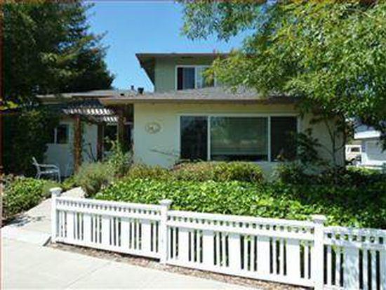 110 Pine St APT D, Santa Cruz, CA 95062