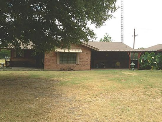8487 County Road 4823, Wolfe City, TX 75496