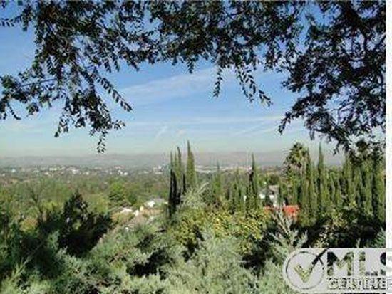 20151 Phaeton Dr, Woodland Hills, CA 91364