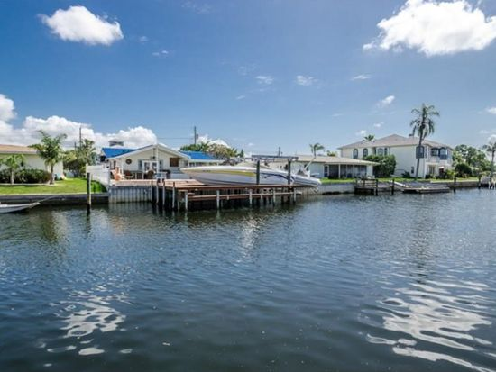 501 Driftwood Dr E, Palm Harbor, FL 34683