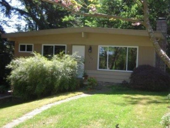 1707 NE 95th St, Seattle, WA 98115