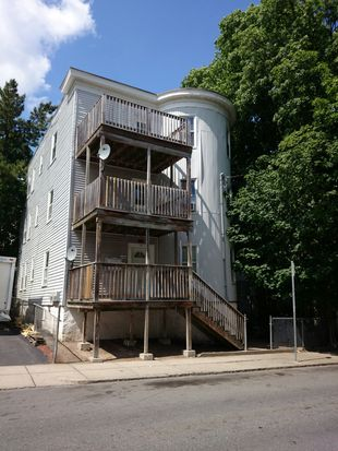 22 Holiday St, Dorchester, MA 02122