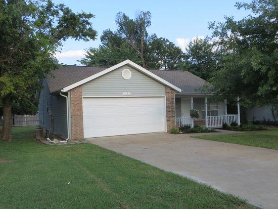 1696 N Salem Rd, Fayetteville, AR 72704