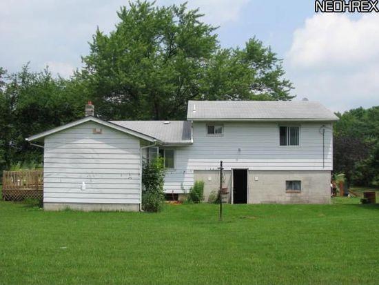 16009 Hart Rd, Montville, OH 44064