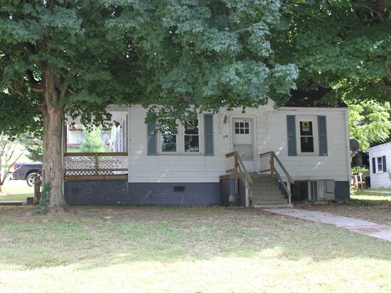 508 E 8th St, Russellville, KY 42276