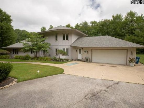 2961 Tall Tree Trl, Willoughby Hills, OH 44092