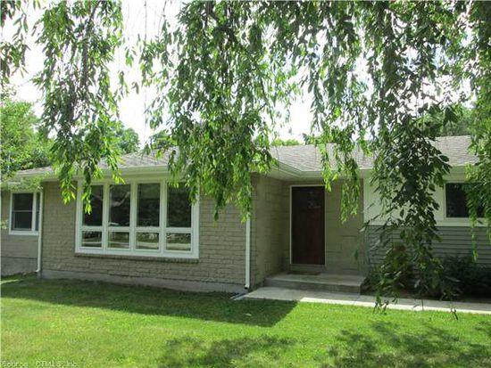 1028 E Lake Rd, Oakdale, CT 06370