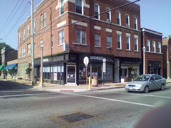 4205 Virginia Ave APT 202, Saint Louis, MO 63111