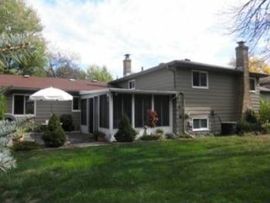 6376 Somerset Dr, North Olmsted, OH 44070