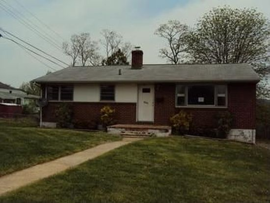 3119 Sutton St NE, Roanoke, VA 24012