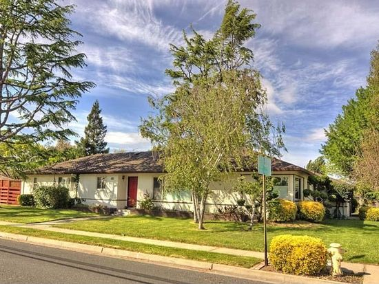 38164 Blacow Rd, Fremont, CA 94536