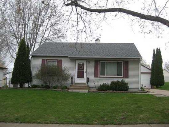 924 20th Ave SW, Cedar Rapids, IA 52404