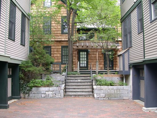 29 Mount Vernon St UNIT 1, Cambridge, MA 02140