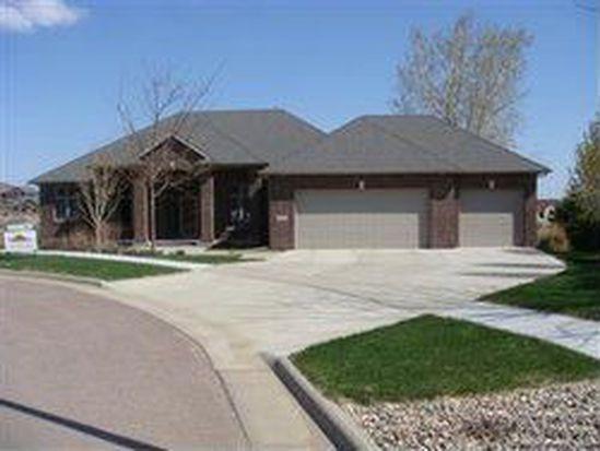2220 W Cherrywood Cir, Sioux Falls, SD 57108