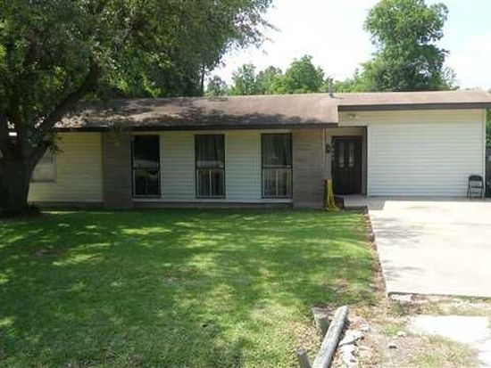 7685 Lawrence Dr, Beaumont, TX 77708