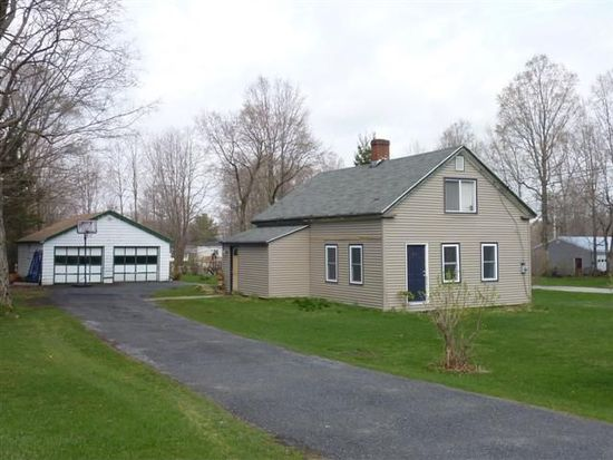 406 N Branch St, Bennington, VT 05201