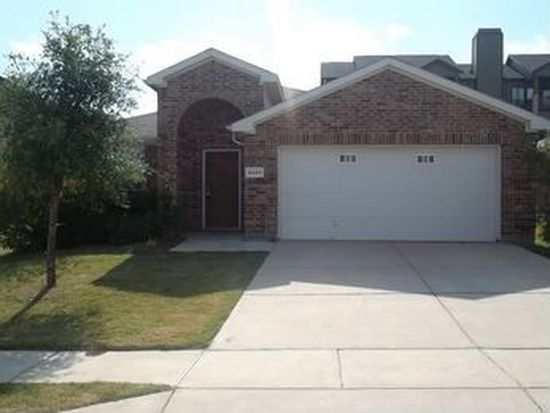 6685 Friendsway Dr, Fort Worth, TX 76137
