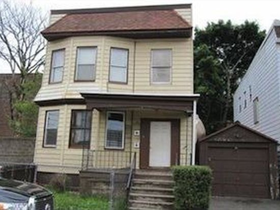 10 Howard St, Irvington, NJ 07111