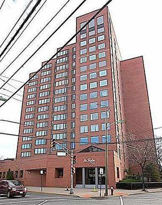 551 Observer Hwy APT 14G, Hoboken, NJ 07030