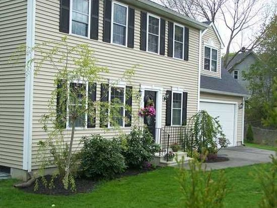 56 Emmett Ln, South Kingstown, RI 02879