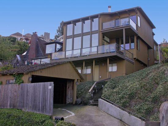1709 Victoria Ave SW, Seattle, WA 98126